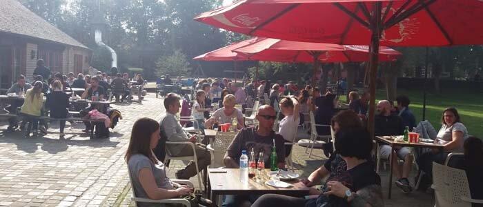 Maak je groepsuitstap naar Boudewijn Seapark compleet met een gezellige barbecue!